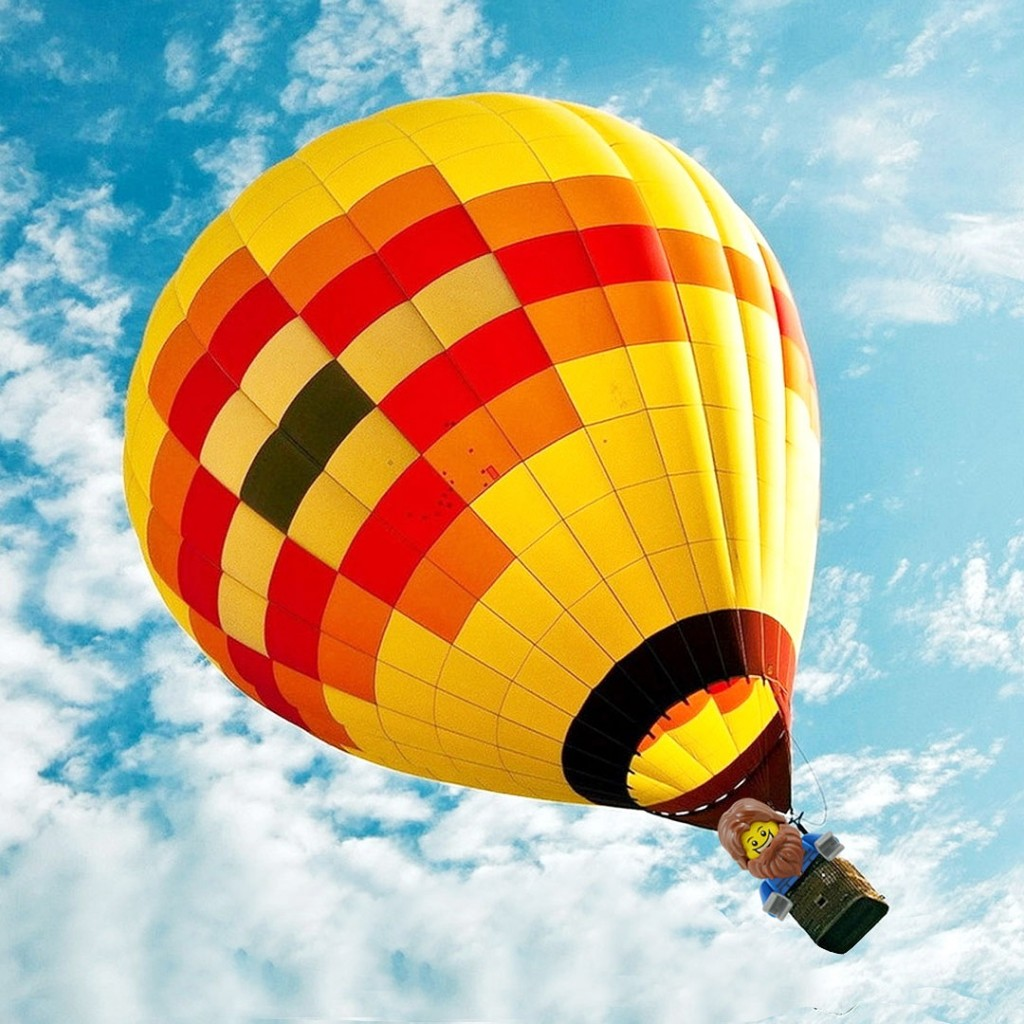 Russian adventurer Fedor Konyukhov has launched his hot air balloon from Western Australia in a bid to break the record for non-stop flight around the world